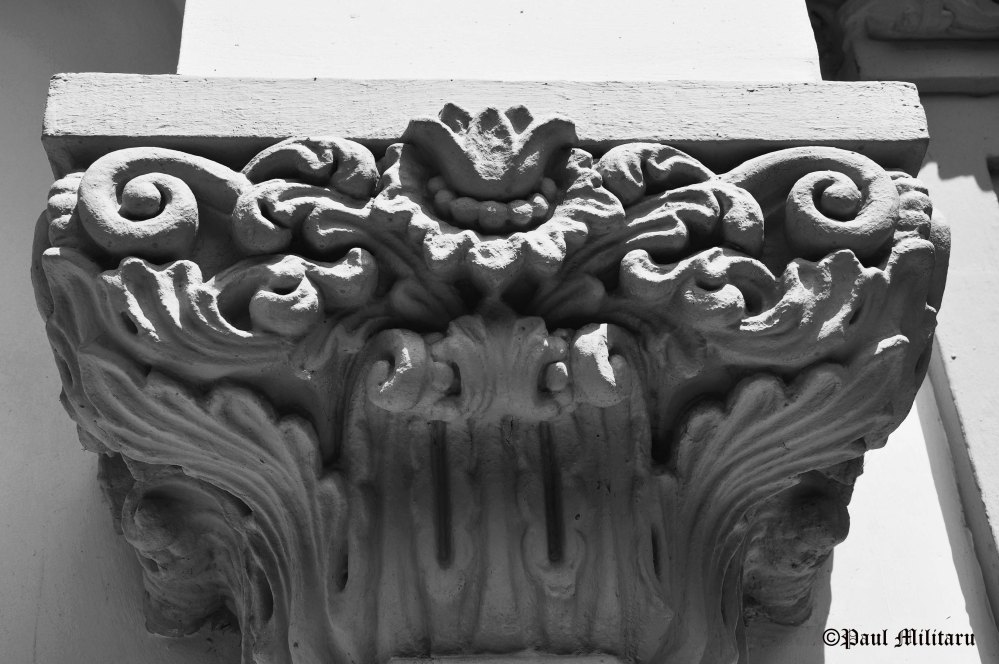 architectural detail - capital