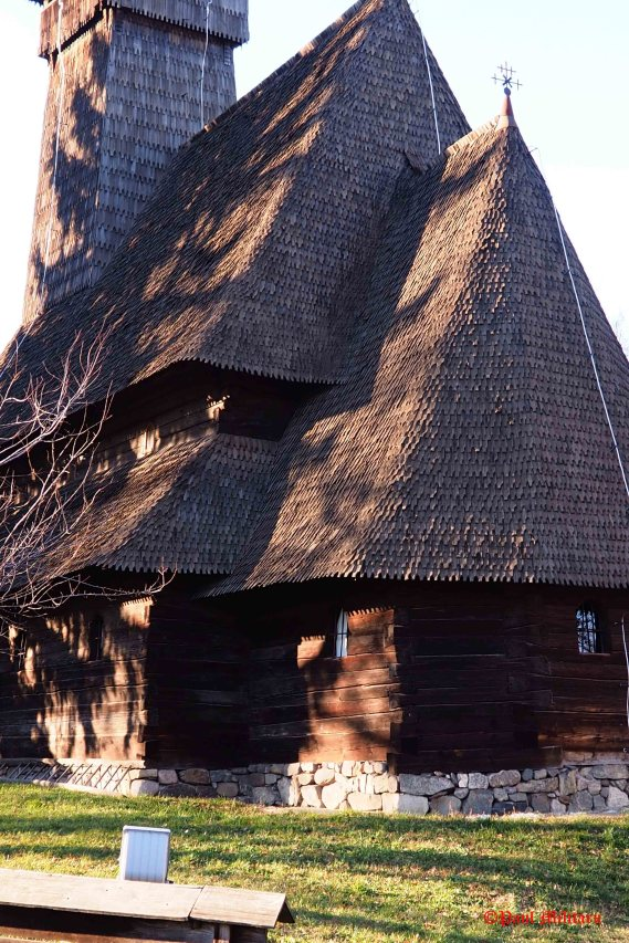 old-peasant-houses-1
