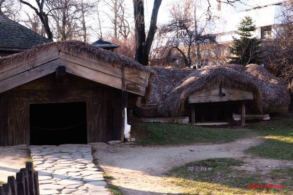 old-peasant-houses-2
