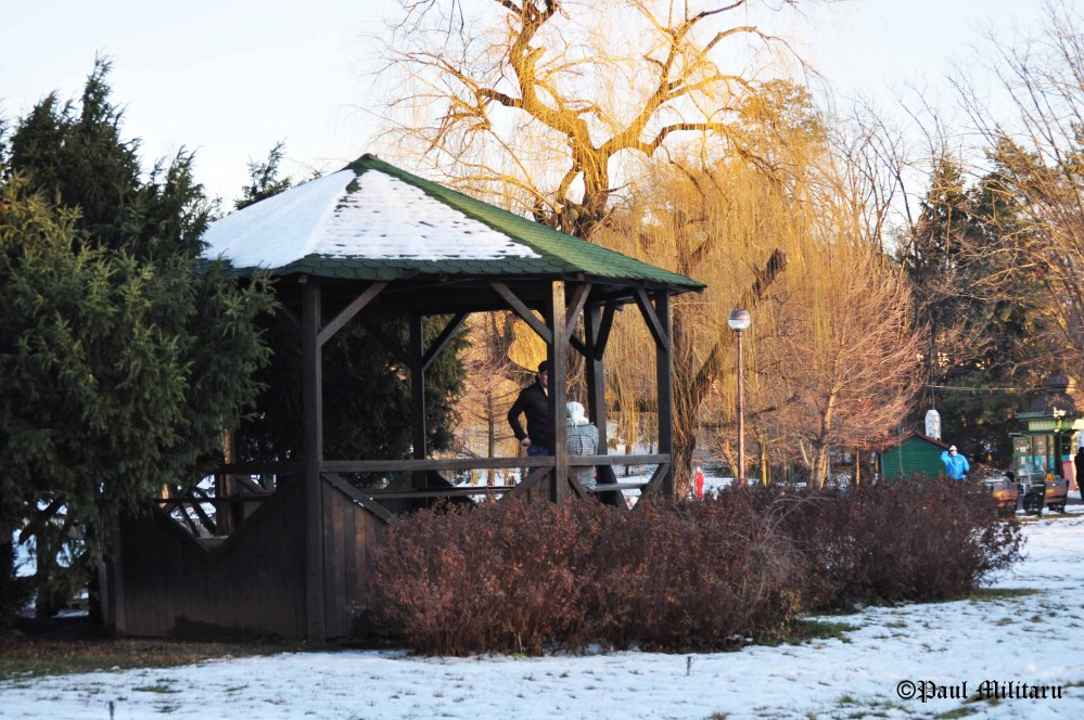 winter-gazebo