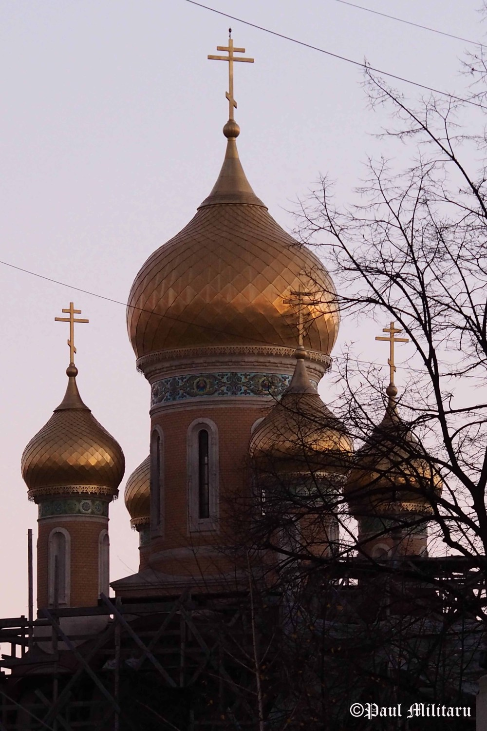 russian-church-dome-from-bucharest