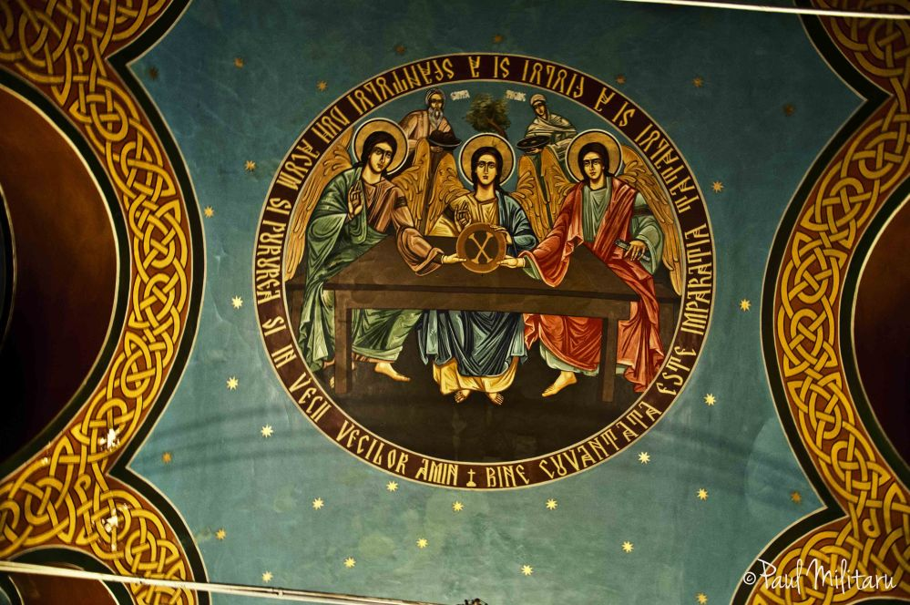 vault painted with biblical motifs