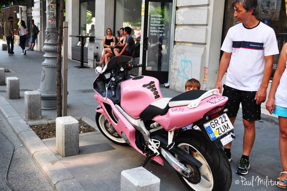 wow! pink motorcycle