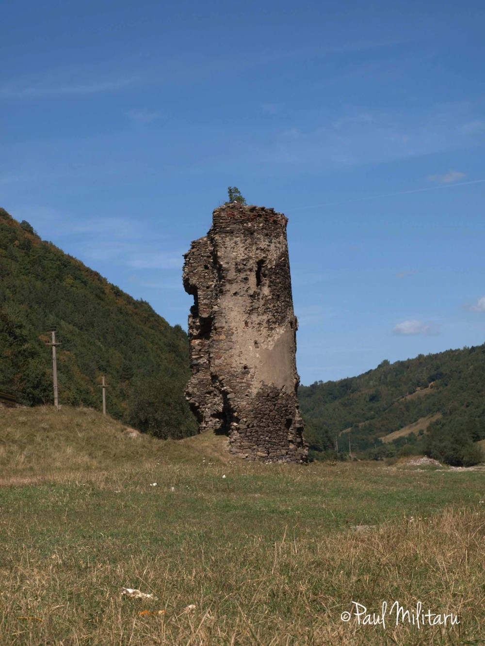 the broken tower ruin