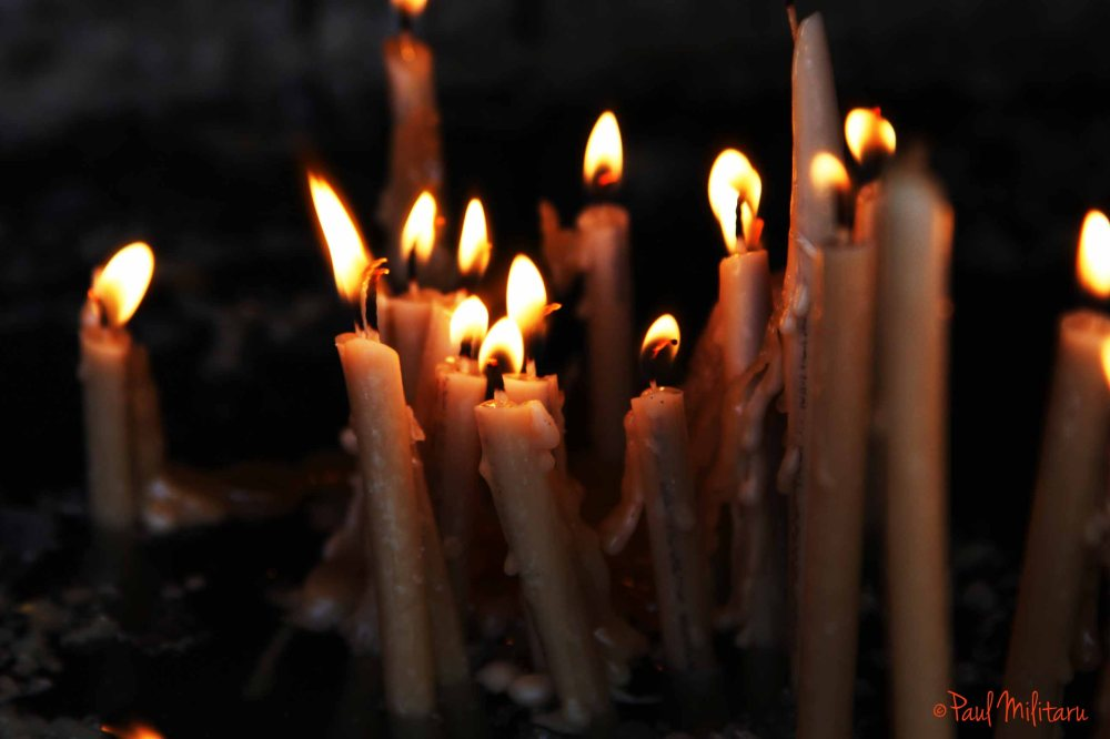 candles in memoriam