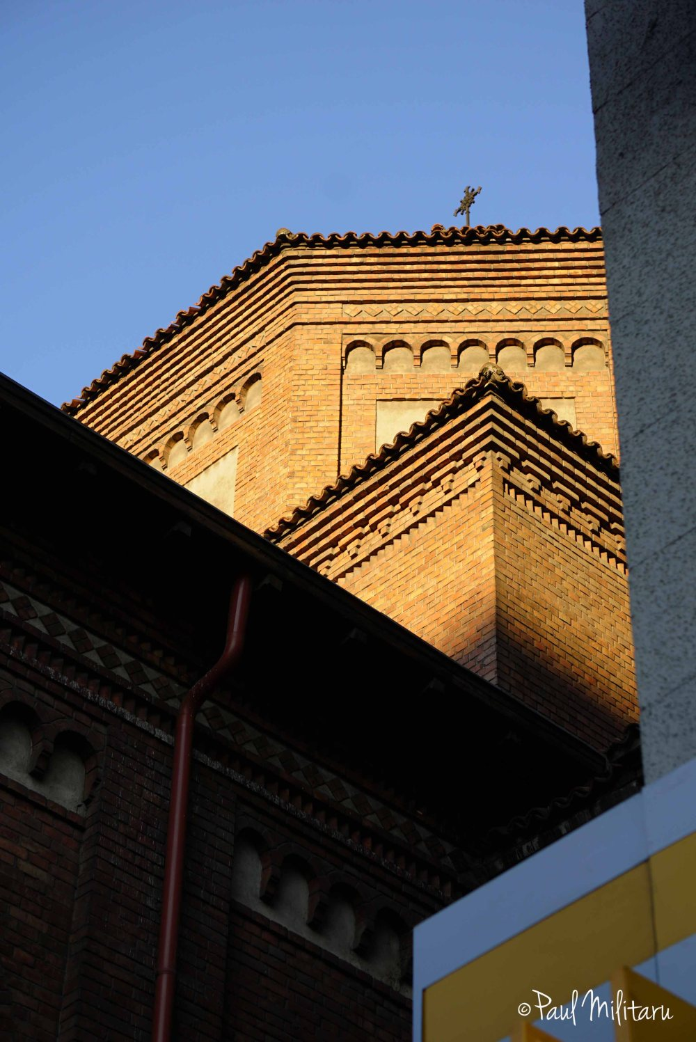architectural geometry at the golden hour-Italian church