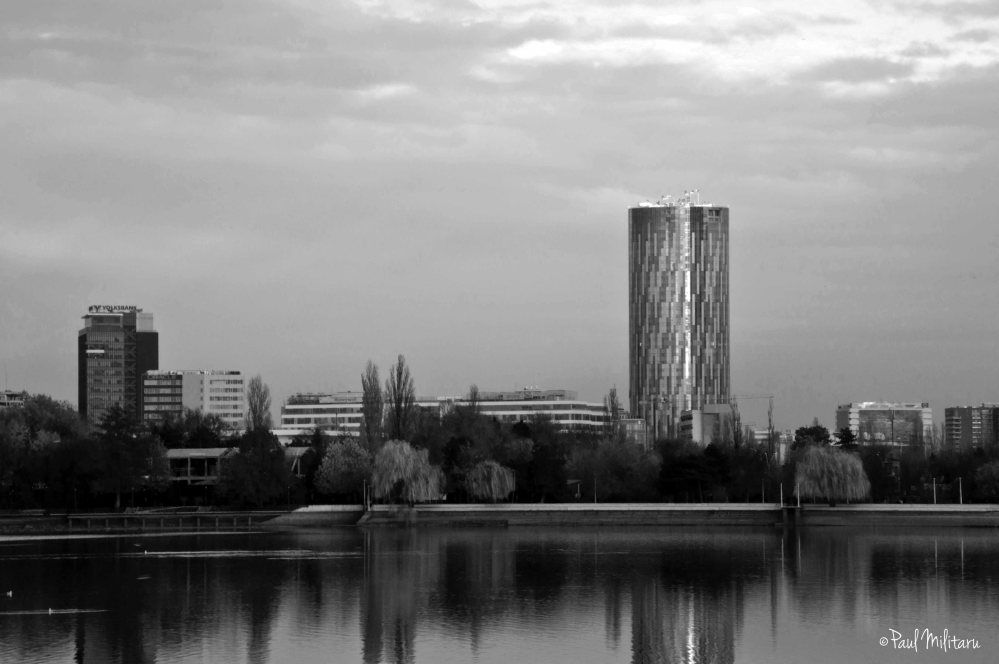 new architecture beyond Lake Herastrau